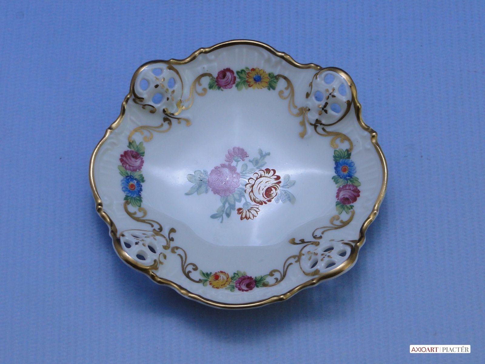 társkereső rosenthal porcelán jelek a randi app port